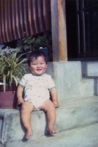 1975年(昭和50年)熊本県で生まれる。